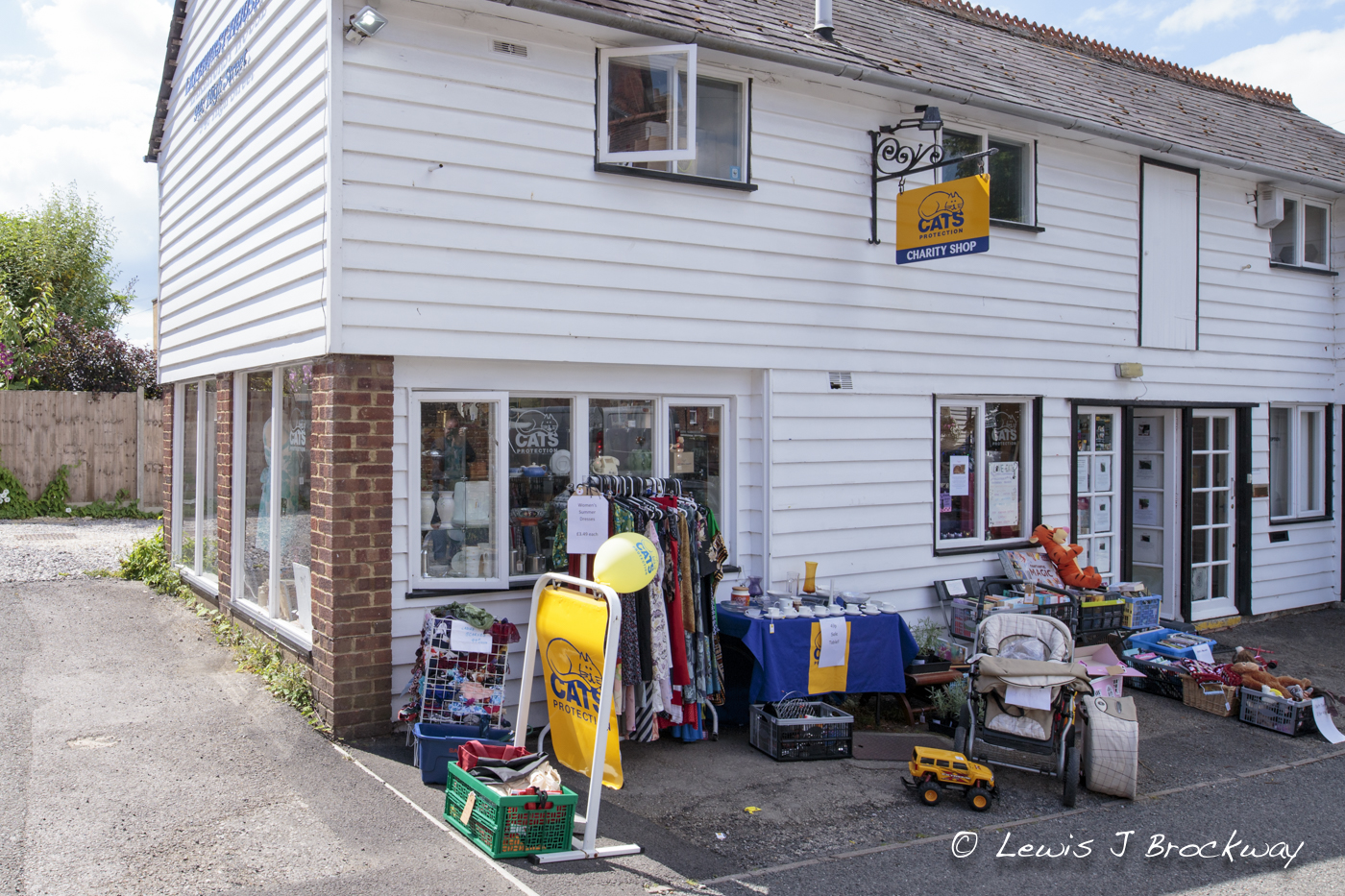 Photos Charity Shops in Tenterden