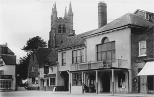 Tenterden Archive - Woolpack Hotel and Town Hall, Tenterden High Street