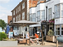 The White Lion Hotel | Tenterden